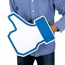 """Mano """"Me Gusta"""" de Facebook Gigante"""