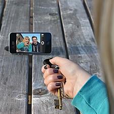 Llavero Localizador y Mando para Selfies