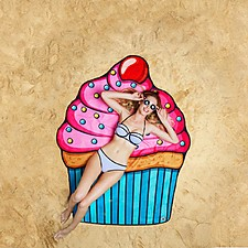 Toalla de playa gigante con forma de cupcake