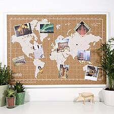 Tablero de corcho con el mapamundi serigrafiado en blanco
