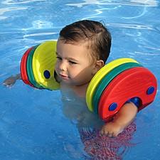 Manguitos para aprender a nadar gradualmente