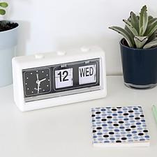 Reloj Despertador Retro con Calendario