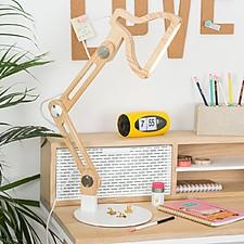 Lámpara de escritorio en forma de silueta de flexo