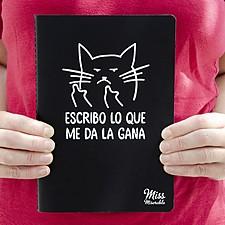 Cuaderno con gato macarra
