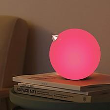 Lámpara de diseño minimalista en forma de pollito