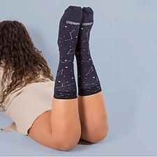 Calcetines originales con constelaciones