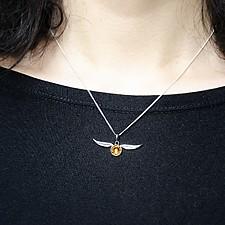 Collar de Harry Potter con Golden Snitch y cristales Swarovski