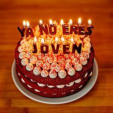Velas de cumpleaños originales Ya No Eres Joven