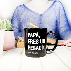 Taza con mensaje Papá, eres un pesado