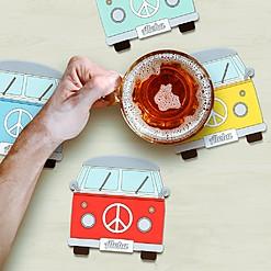 Posavasos con forma de furgoneta hippie