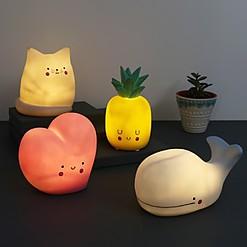 Luz de noche con diseño kawaii