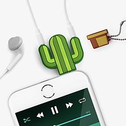 Adaptador para compartir auriculares con forma de cactus
