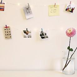 Guirnalda de Luces con Minipinzas de Colores
