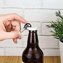 Abrebotellas original con forma de llave