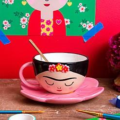 Juego de taza con plato con forma de Frida Kahlo