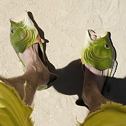 Sandalias con forma de pez