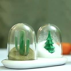Salero y pimentero con forma de bola de nieve