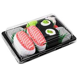 Bandeja con dos pares de calcetines diseñados como sushi
