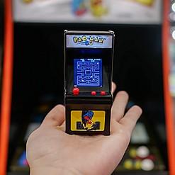 La consola arcade de Pac-man más pequeña del mundo