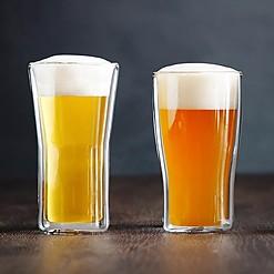 Vaso de cristal que mantiene la cerveza fría tipo Lager o Weizen