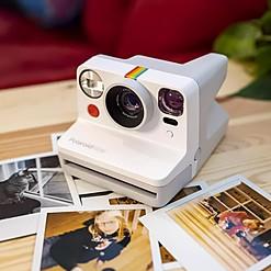 Cámara instantánea Polaroid Now