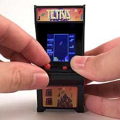 Consola arcade de Tetris en tamaño de bolsillo
