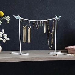 Soporte para joyas con forma de cuerda