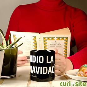 """Taza Existencialista """"Odio la Navidad"""""""