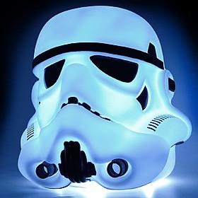 Lámpara grande con forma de casco de stormtrooper