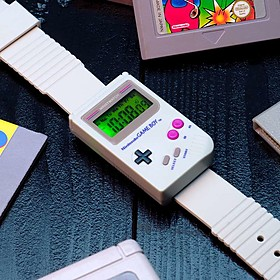 Reloj de pulsera con forma de videoconsola retro
