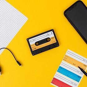 Altavoz Bluetooth con forma de cassette