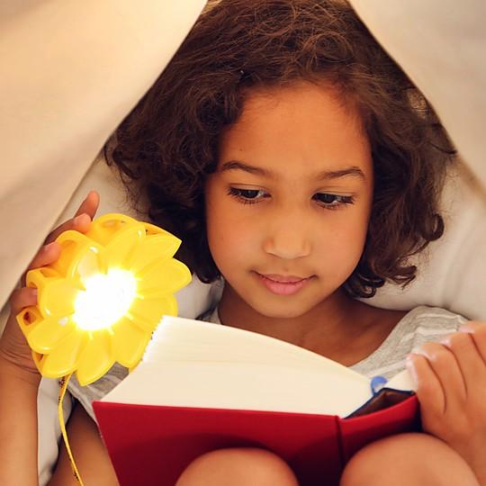 La lámpara solar con compromiso social