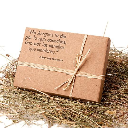Embalado en cajas hechas por una empresa social