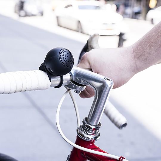 Un altavoz para bicicleta ligero y versátil