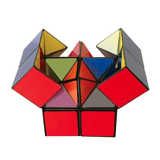 Una estrella dentro de un cubo
