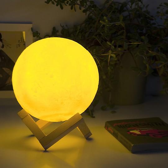 Una espectacular lámpara luna en 3D