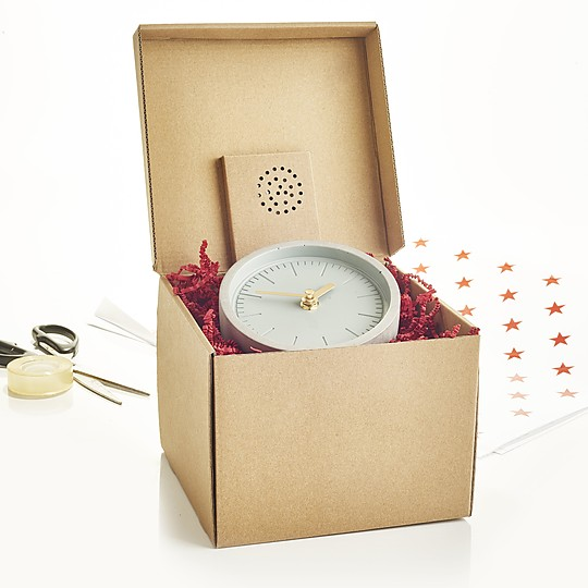 Una caja de regalo con mensaje de audio personalizado