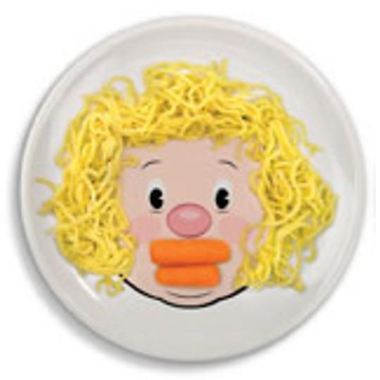 Pelo de espaguetis y boca de zanahoria