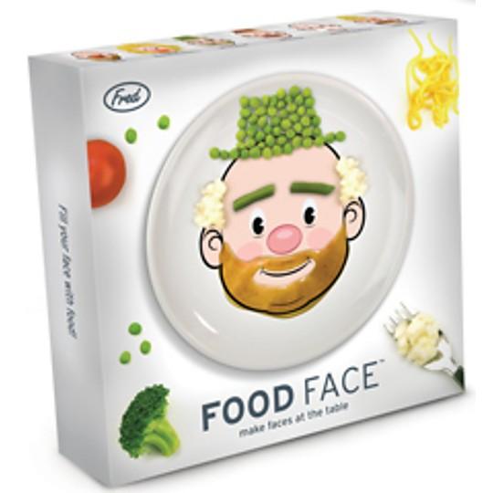 Empaquetado en caja ilustrada con ejemplos de diseños con comida