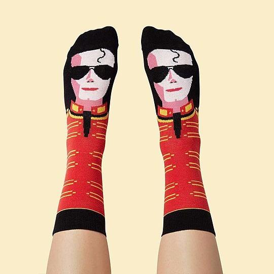 Unos calcetines originales para fans de Michael Jackson