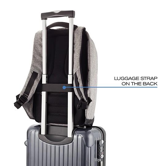Con correa elástica para sujetar la mochila al asa de tu maleta