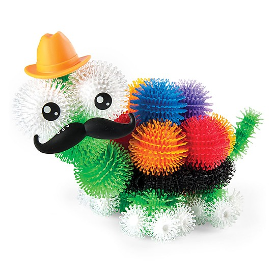 Incluye 36 accesorios: ojos, bocas, bigotes...