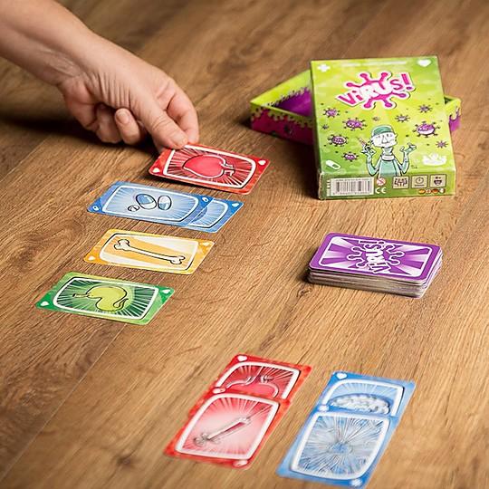 VIRUS!, el juego de cartas más contagioso