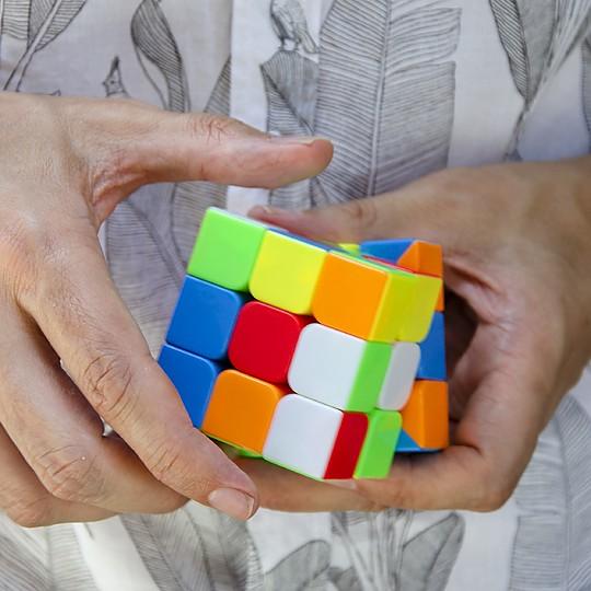 El cubo rompecabezas más vendido del mundo