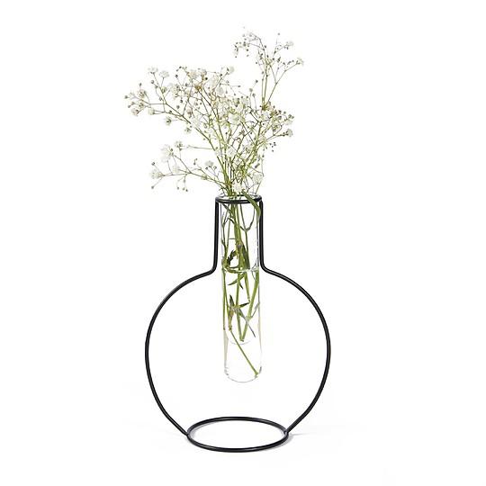 Ideal para flores de tallo alto
