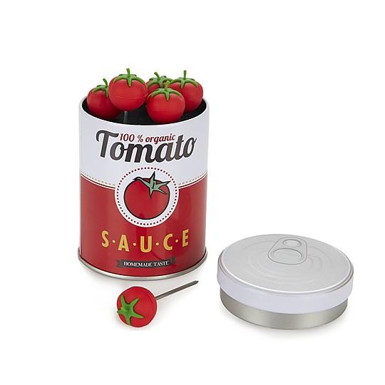 La lata sirve para presentarlos a la mesa y almacenarlos