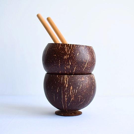 Un juego de boles de coco ideal para cócteles