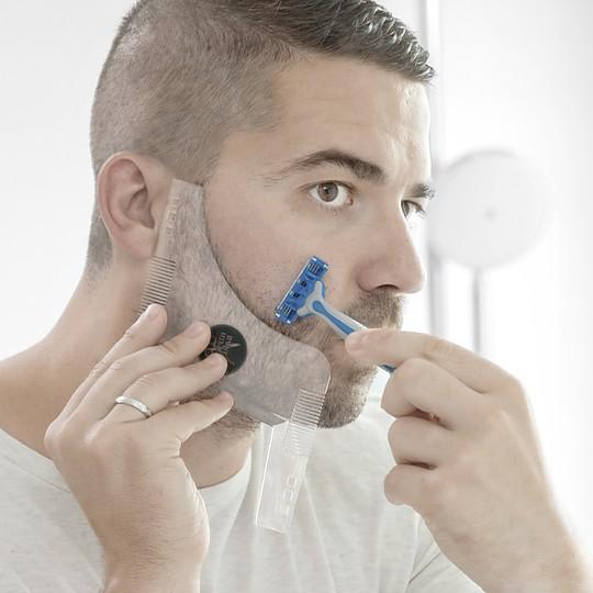 Una práctica plantilla para afeitado de la barba