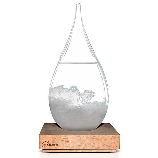 Muy decorativo con su diseño en forma de gota de lluvia