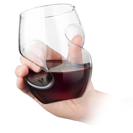 Vasos que airean el vino al servirlo